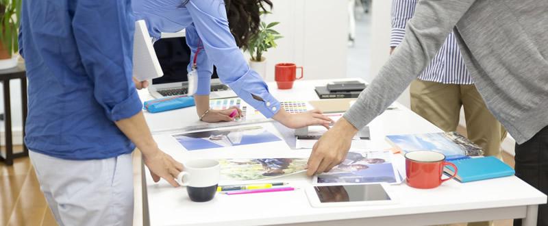 採用パンフレットの作り方。内容や構成、デザインのコツ