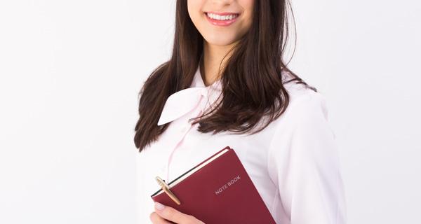 「ビジネスレベルの英語力を持ち、夜勤可能な女性」という、高難易度の募集で3名の採用に成功