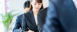 新入社員研修を成功させるには? 自社に適した研修の進め方、プログラム、形式を解説。